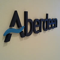 imprimir logotipo corporativo en relieve para pared madrid